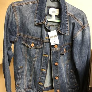 F21 oversized Jean jacket - size small (NWT)